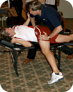 Dr. Leachy Performing Active Release